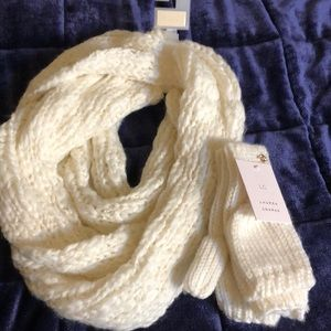 LC Lauren Conrad Scarf and Mitten Set